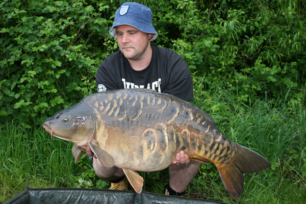 Big Mirrorcarp Pocket Farm Magazine