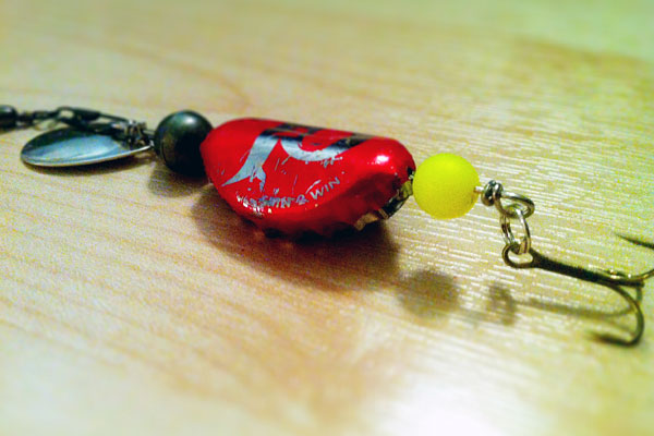 Finished bottle cap lure