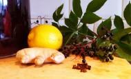 Elderberry wine with ingredients